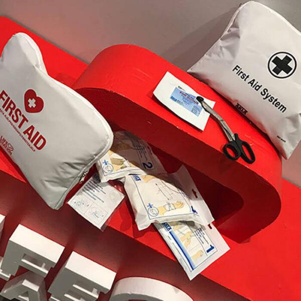 Xpozed - Första Hjälpenkudde Physio-Control Lifestation First Aid